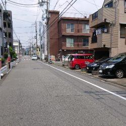 道路幅員(約8m)
